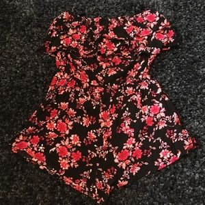 🌹(3 for $30) Strapless pink floral romper🌹